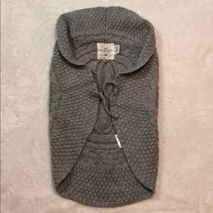 H&M Sweater Vest